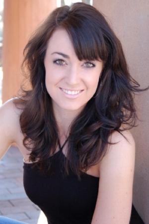 Jennifer Symons-headshot.jpg