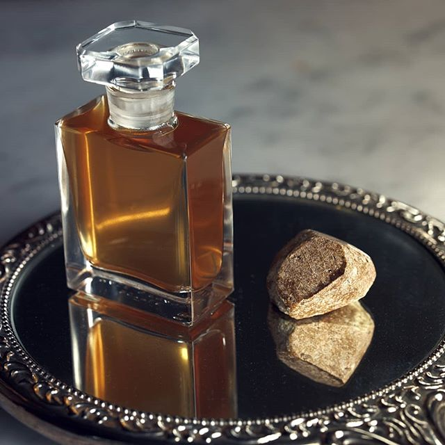 "Learn how precious ambergris is transformed into the enchanting Extrait d'Ambre this Sunday in our newest workshop, ""the Art of Haute Parfumerie"". This workshop is the perfect intro to the world of fine, natural perfumery. We will sample a wide range of precious ingredients as well as completed perfumes while learning the secrets of the perfumer's art. Guests will also receive a full sample set of Fitzgerald and Guislain perfumes (many previously unreleased) and rare ingredients. The workshop runs from 11:00a.m. to 1:00p.m. on Sunday July 22 @atelierdesmodistes. Tickets can be purchased for $100 on the Atelier's webstore (link in bio). Seating is very limited so be sure to reserve your place before the workshop fills up. We look forward to seeing you there."