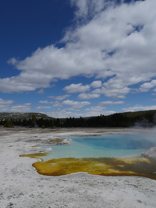 geyser_basin.jpg