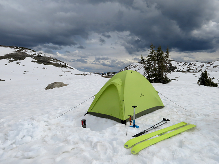ski_camping_in_Yellowstone_Park.jpg