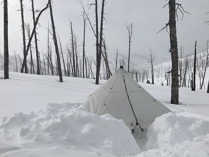 ski_camping_Yellowstone2.jpg