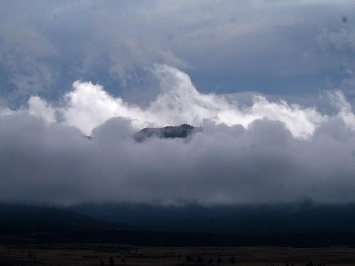 autumn_wave_cloud2.jpg