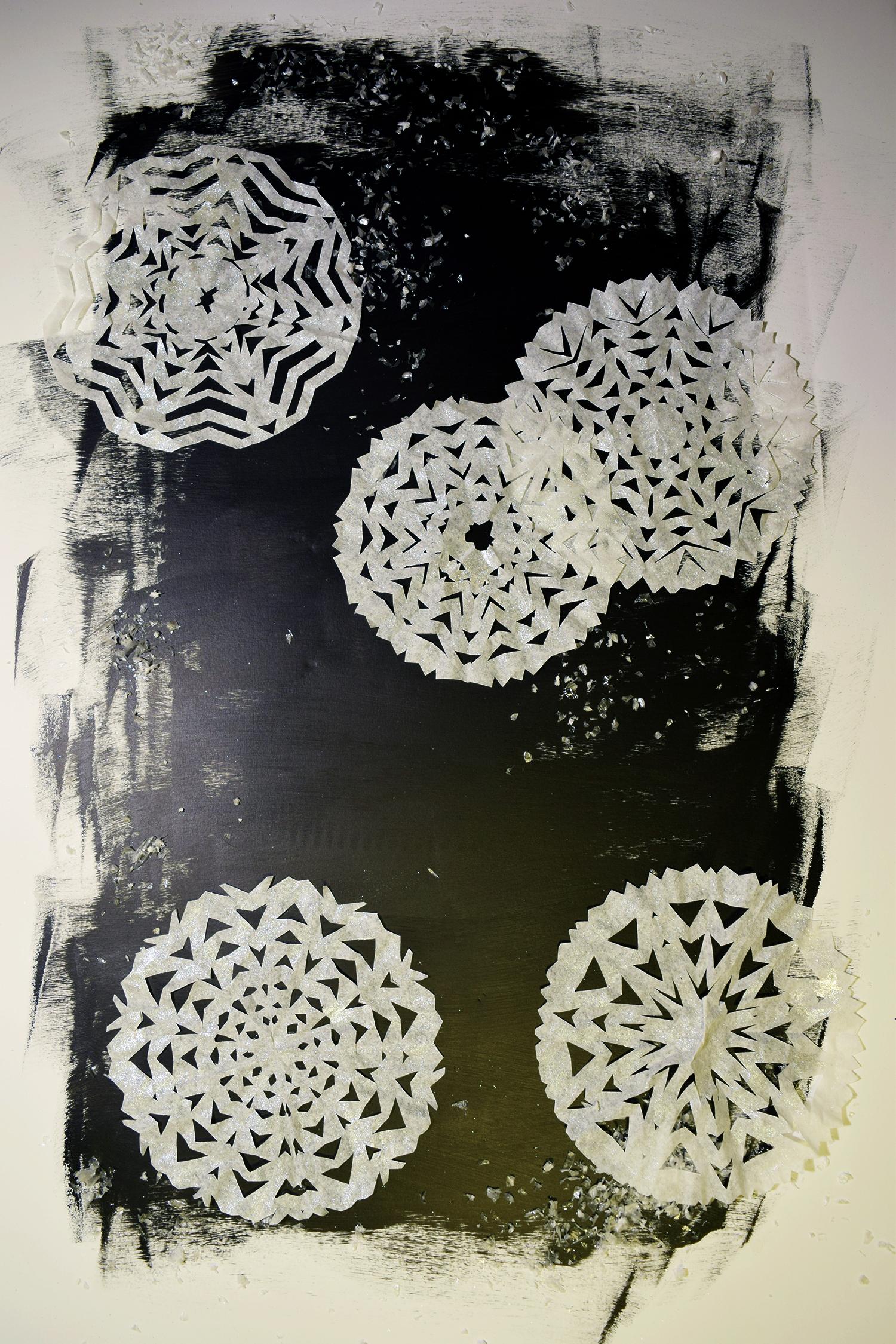 paper_snowflakes_1.jpg