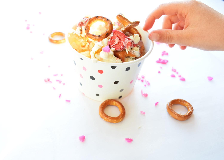 valentines_snack_mix.jpg