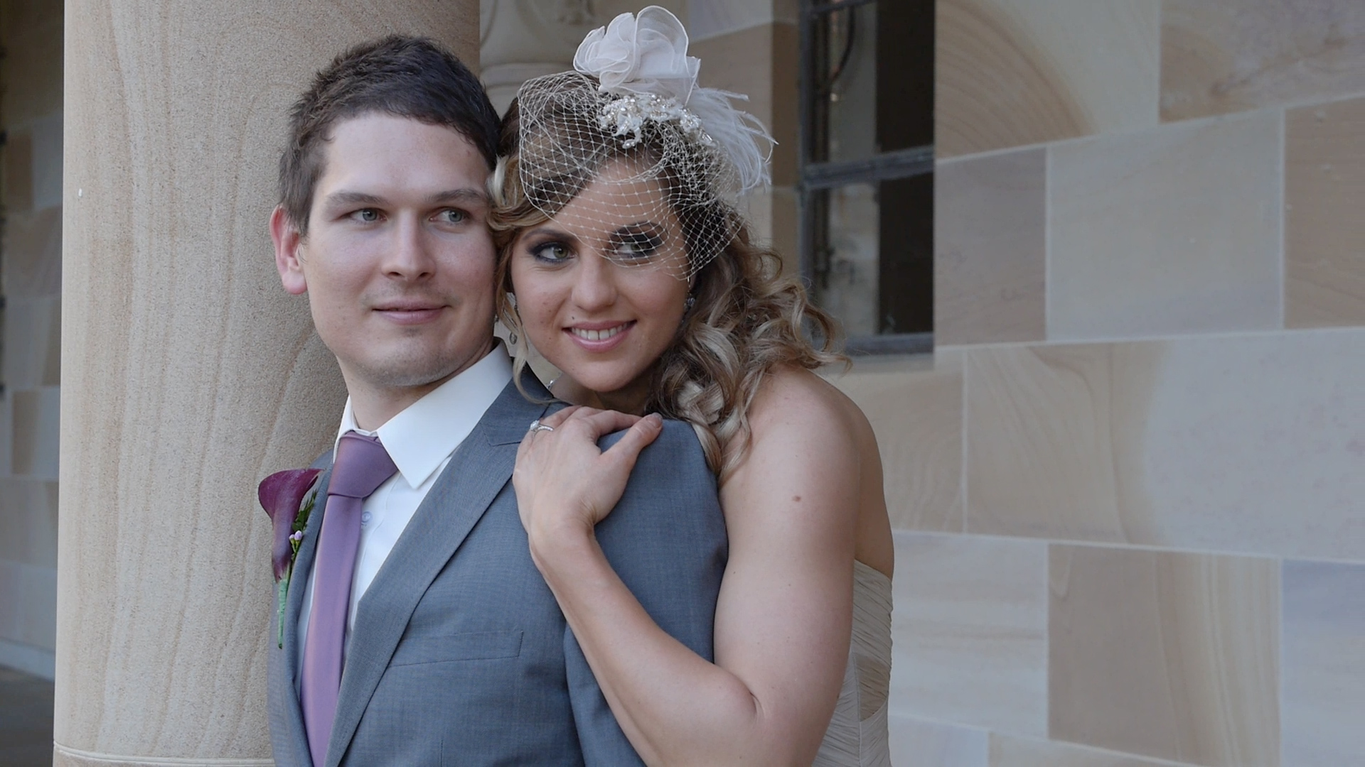 Wedding photos with Phil & Fiona at the University of Qld, St Lucia.