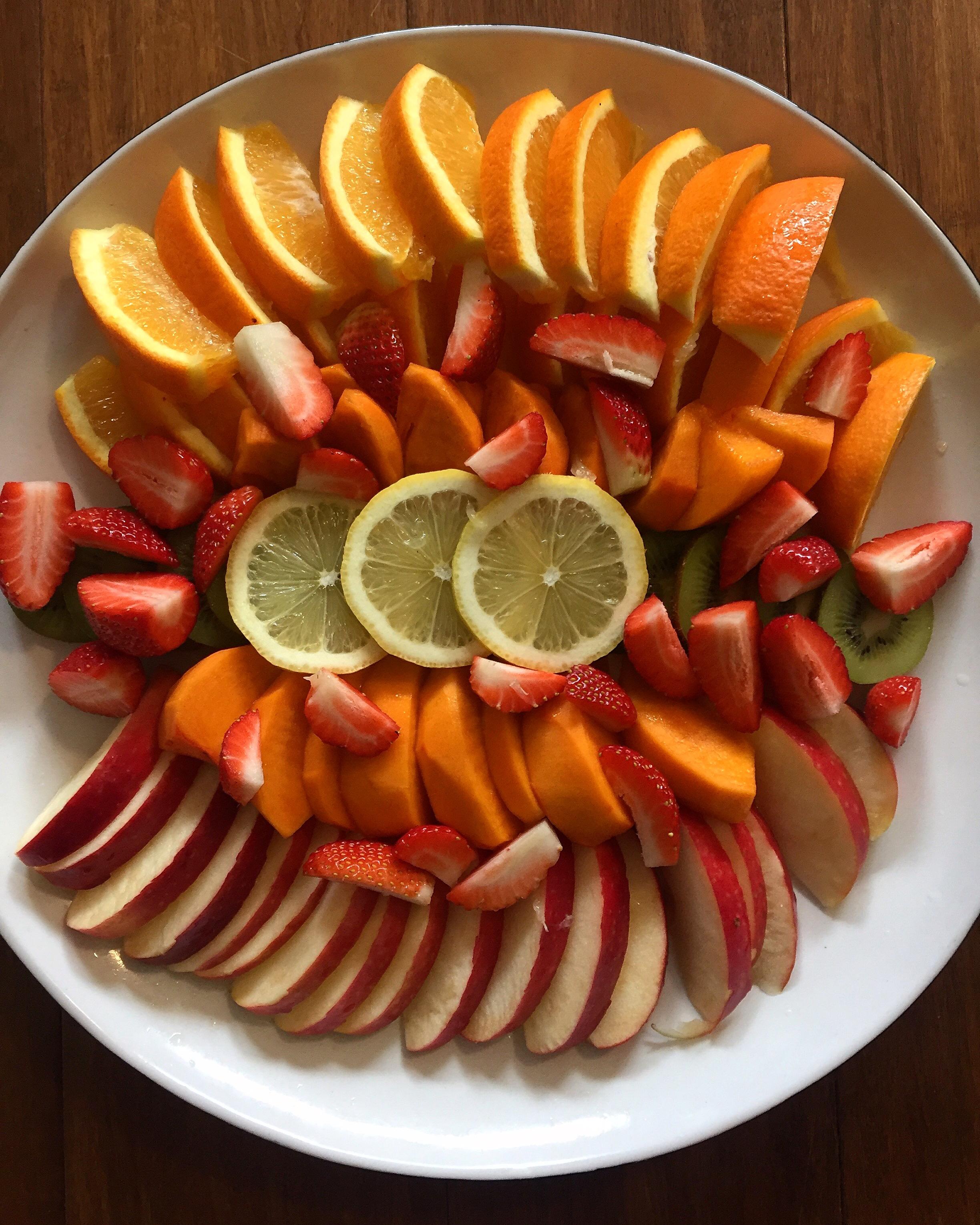 A seasonal fruit platter via  @casuarinaforsyth  Instagram