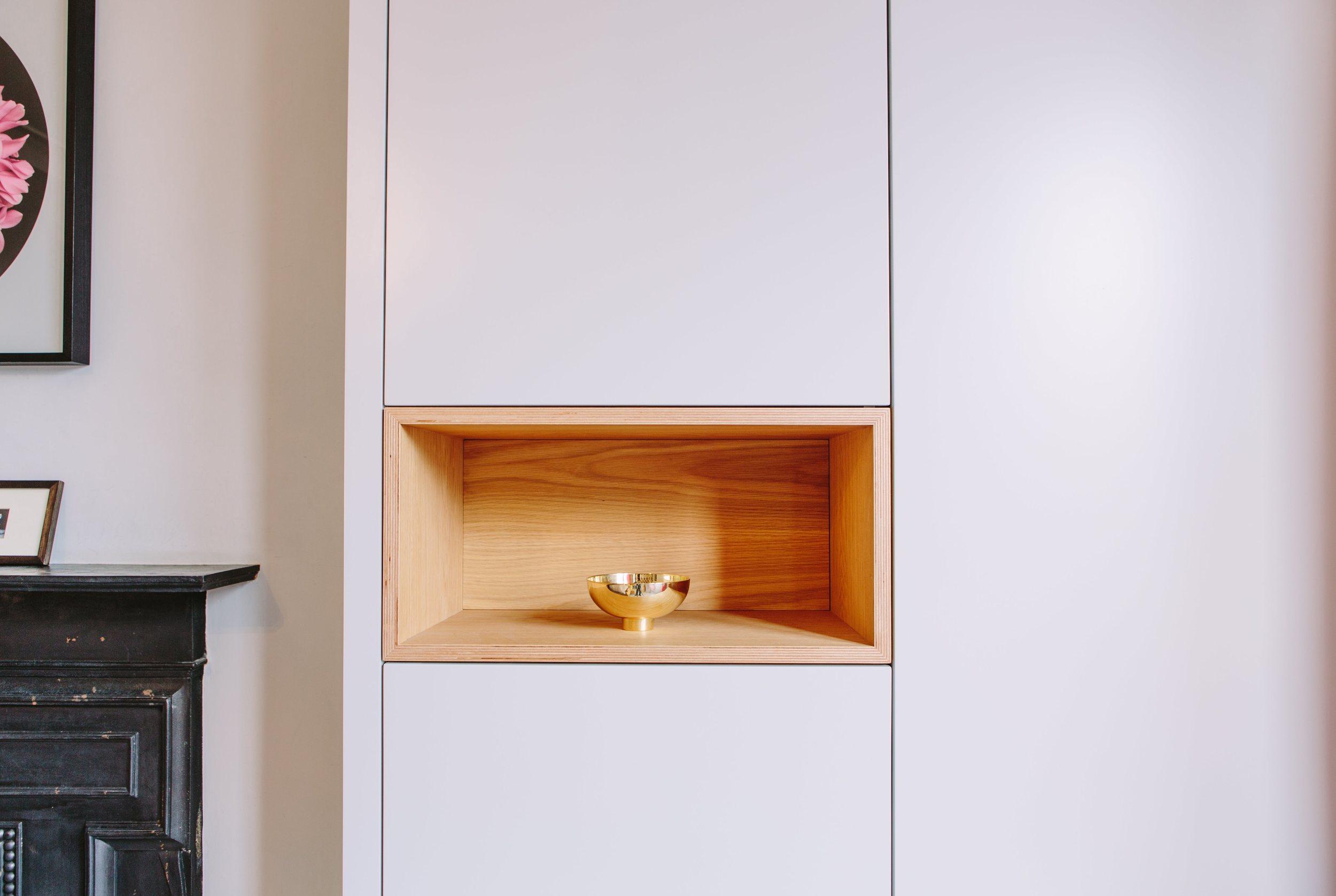 Carpentry East Dulwich Oak Shelf - West & Reid