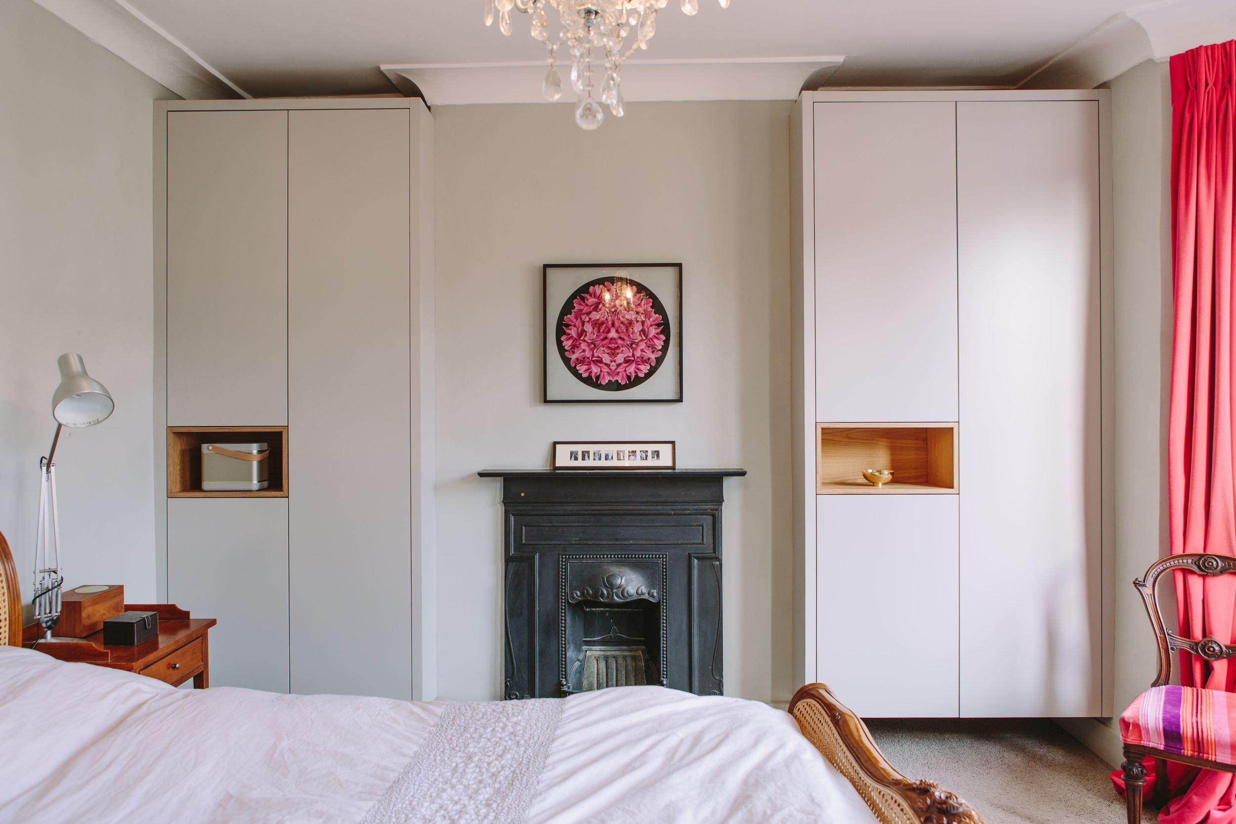 wardrobes, oak veneered plywood, bespoke design, carpentry