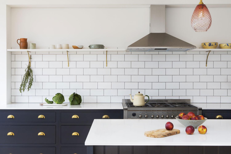victoriana, bespoke kitchen, brass handles