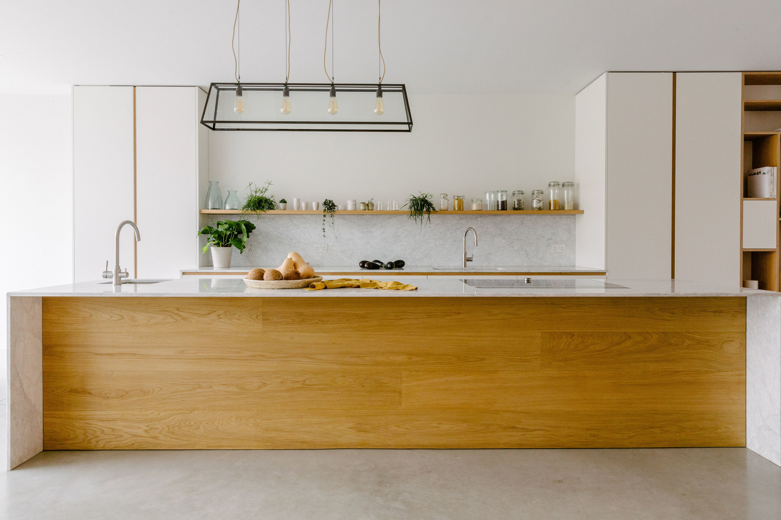 Bespoke kitchen white and oak