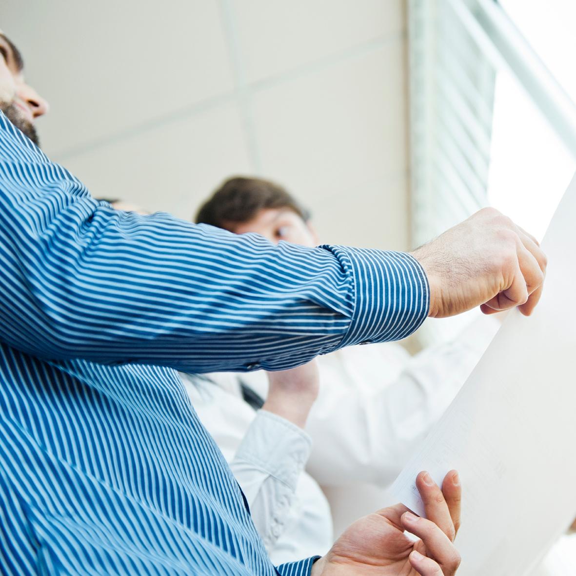 KONZEPT    Im engen Dialog mit unseren Kunden entwickeln wir Konzepte, die Ihrem Unternehmen helfen, Ihre Wunschzielgruppe zu erreichen.     >m   ehr Informationen