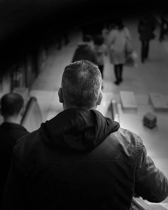 Down we go. . . . #London #urbanphotography #photography #city #monday #streetphotography #blackandwhite #monochrome #instagood #photooftheday #streetlife #lensculture #peopleinframe #peopleinthestreet #uk_shooters #urbanromantix #repostmyfuji #xt2 #weownthenight #ldn4all_whome #ldn