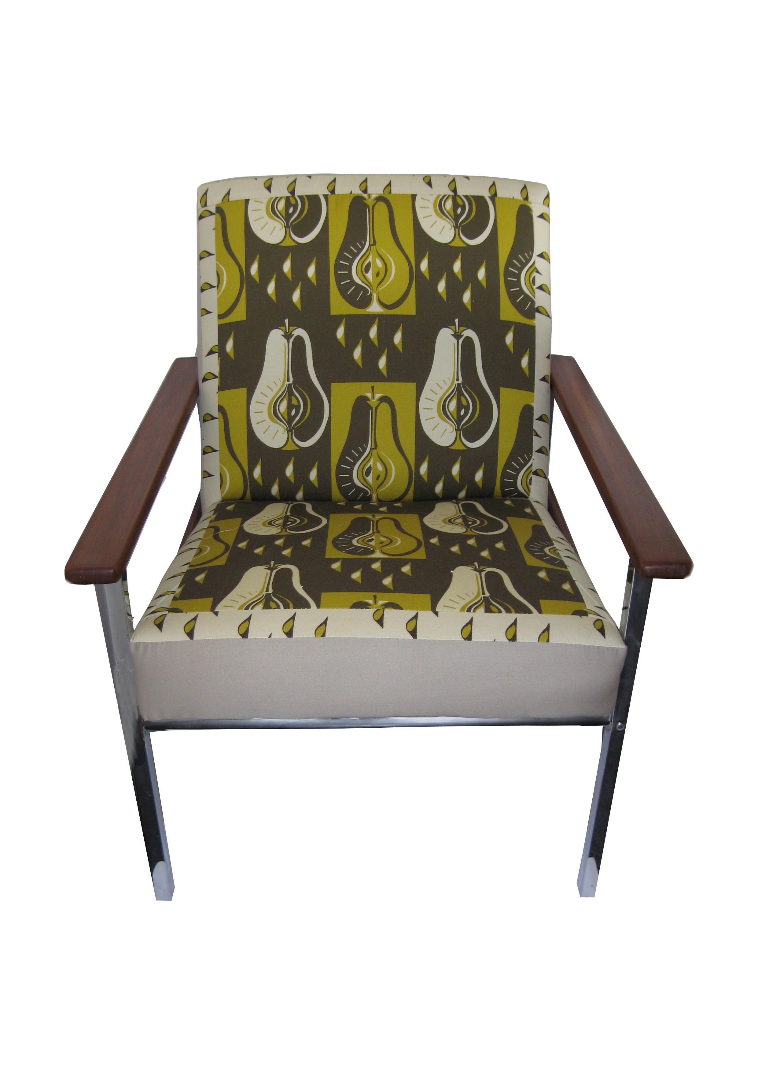 retr chair in pear green fabric.jpg