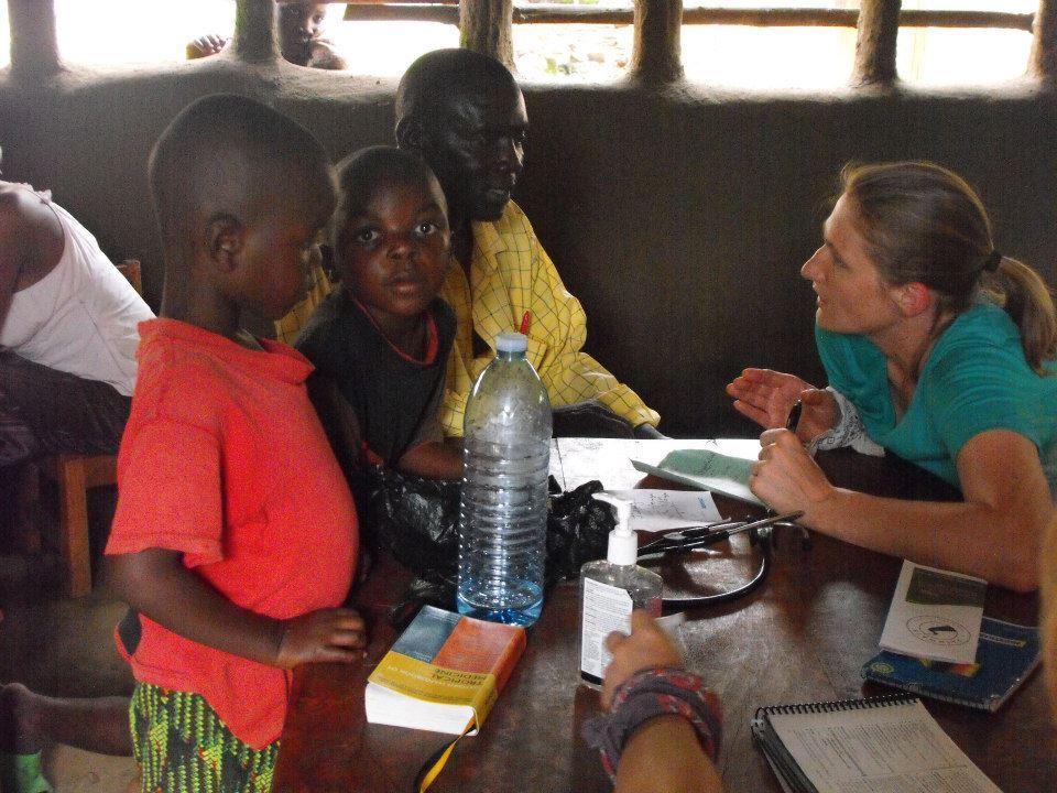 Dr. Amy, PGY3, University of Wisconsin, Madison; Bududa, Uganda, 2013 (photo credit Georgia Ditzenberger)