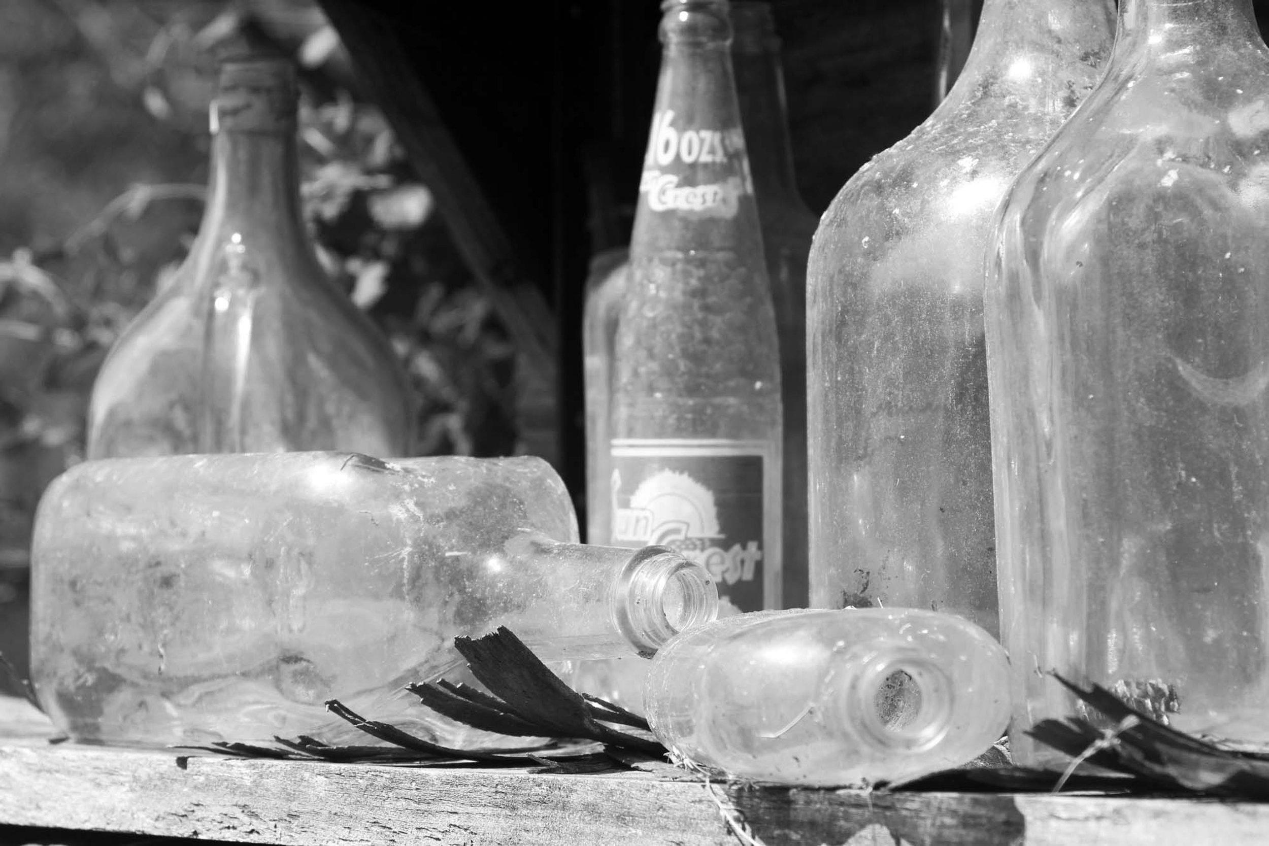 16oz Crest Soda Bottle