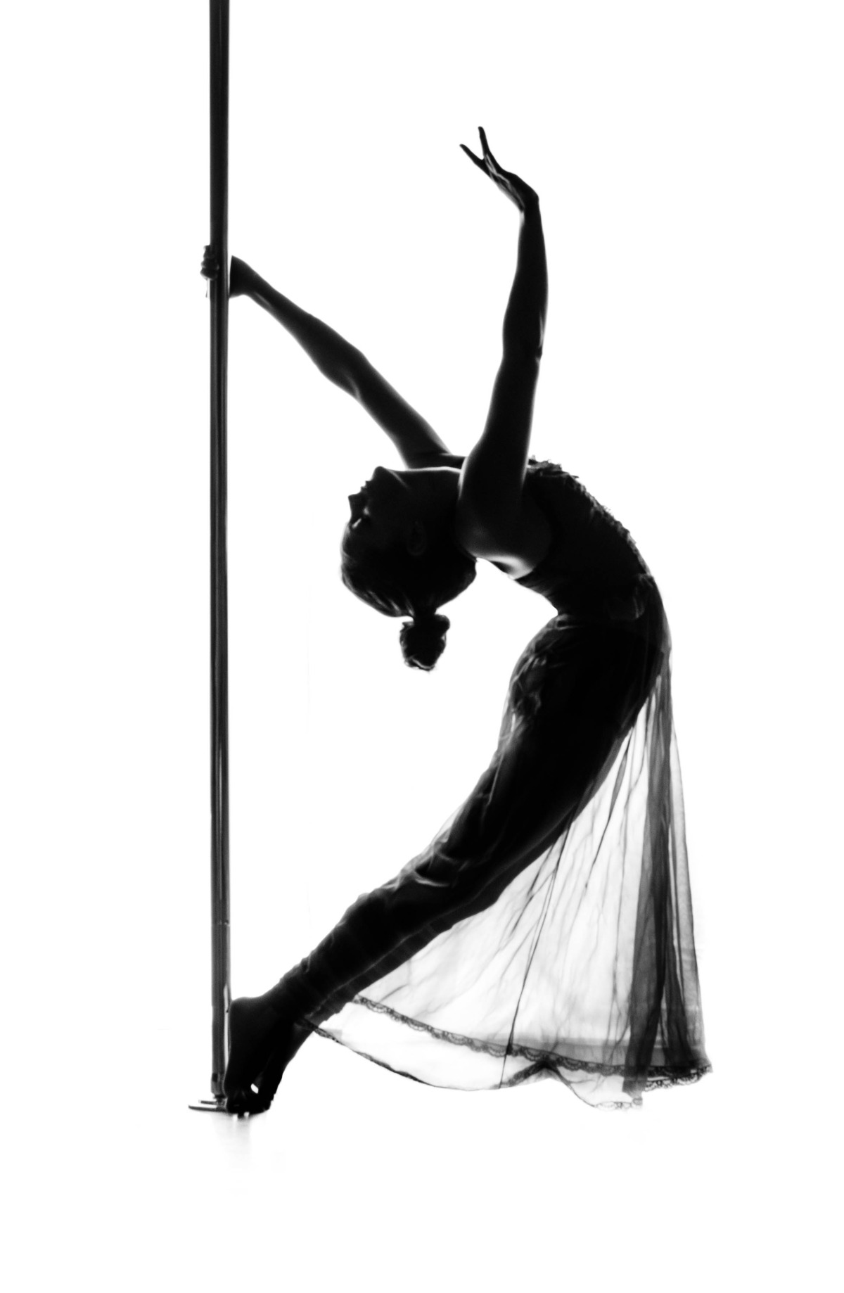 0 dancemove with pole backbend.jpg