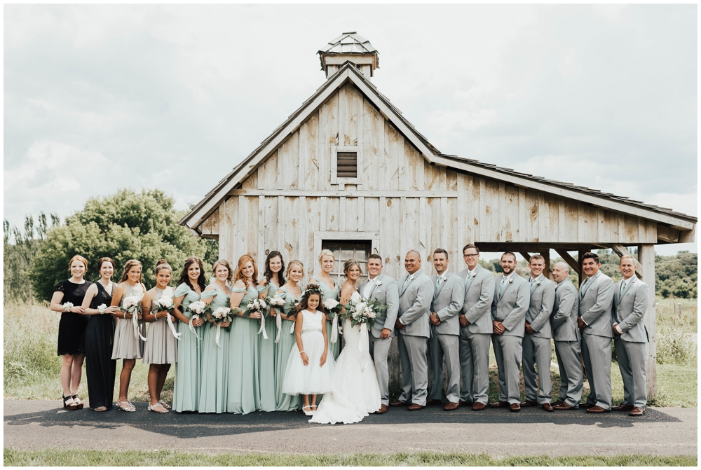 MN Wedding Venue. CHASKA Minnesota Wedding_0040.jpg