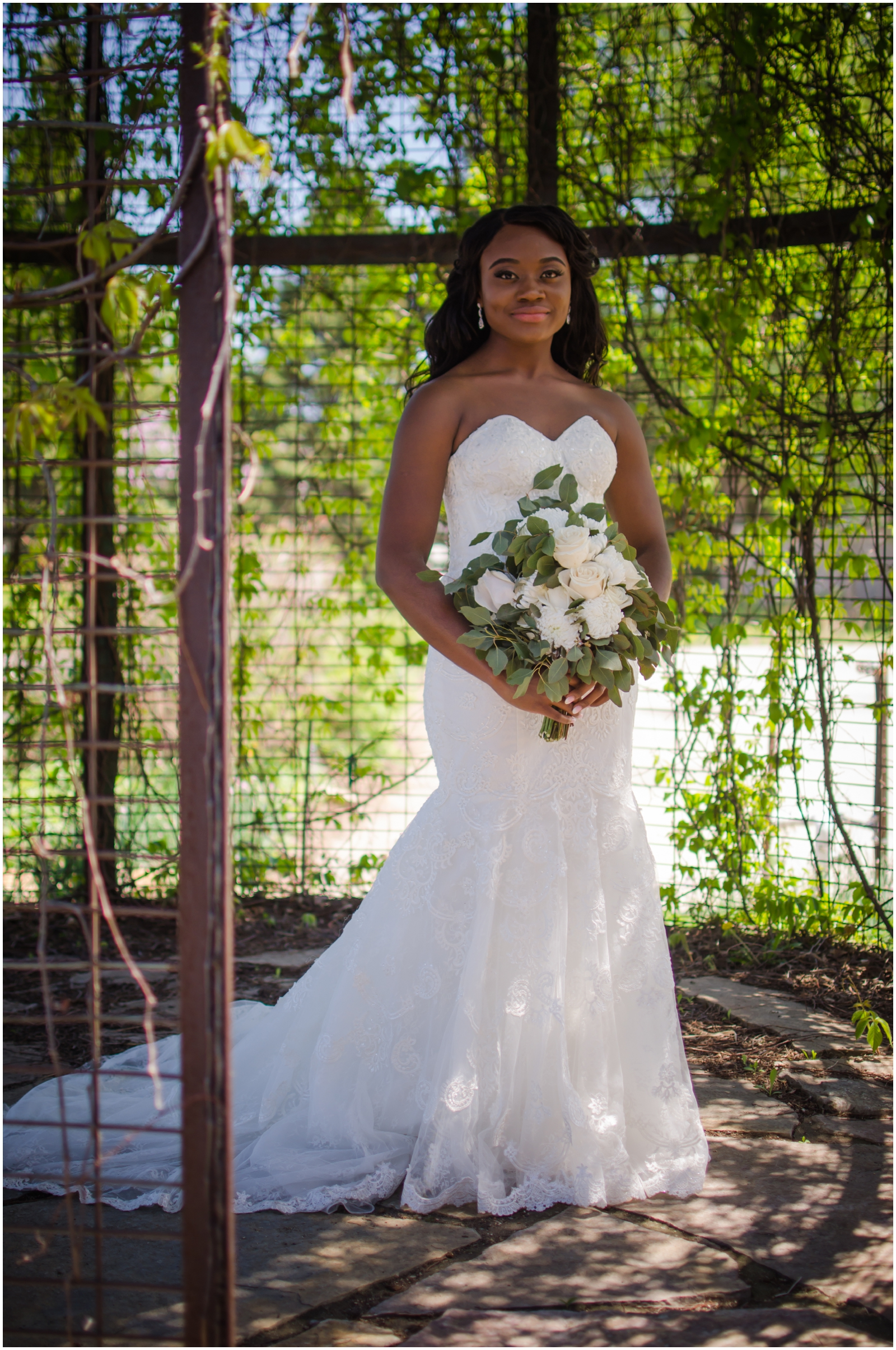 beautiful bride holding her bridal bouquet