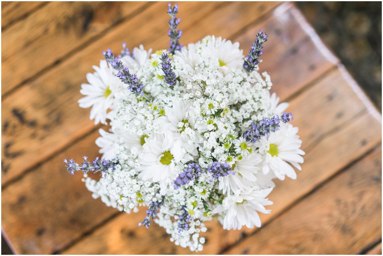 white and lavender bridal bouquet