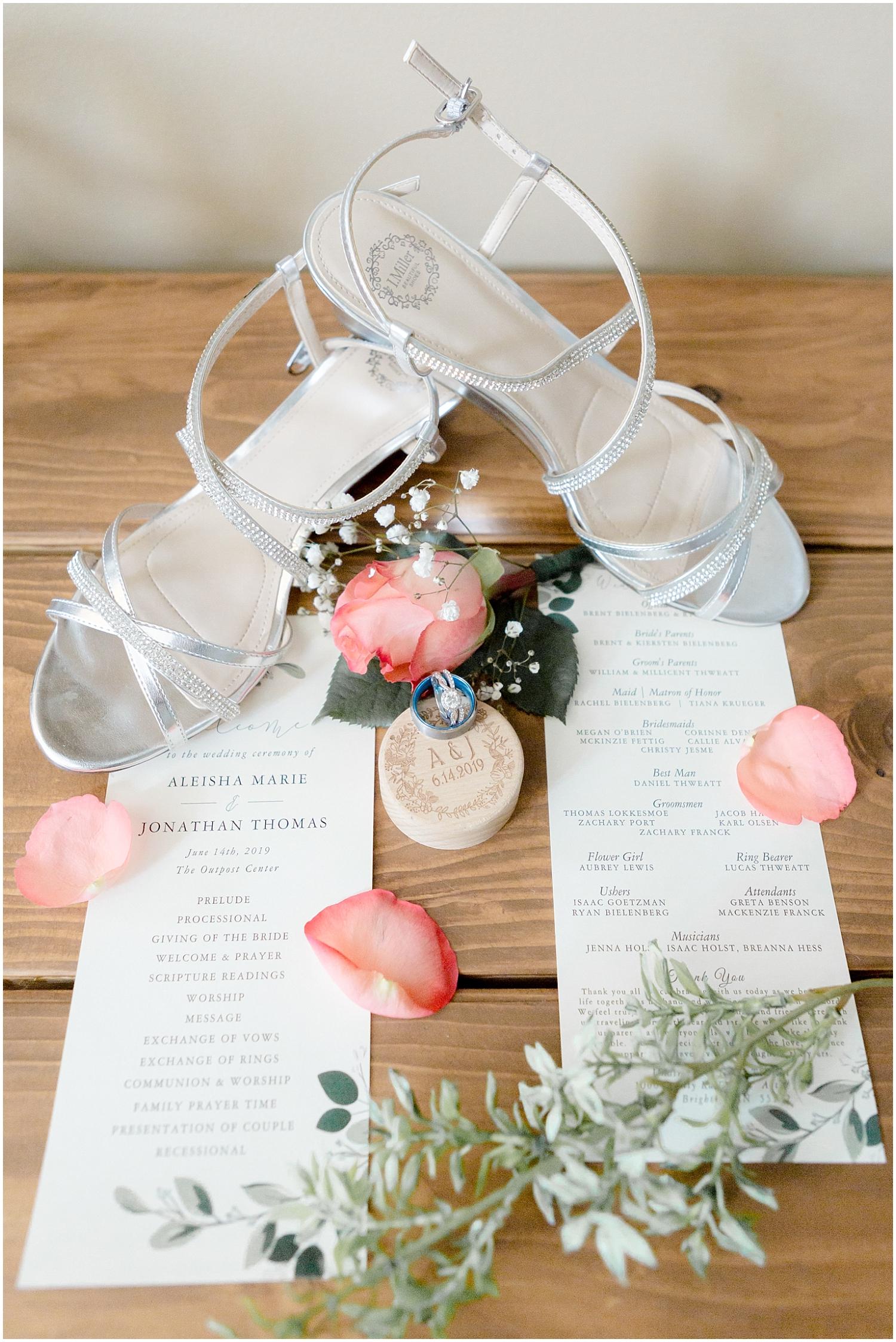 Chaska Wedding Venue MN.  Wedding invitation Inspiration