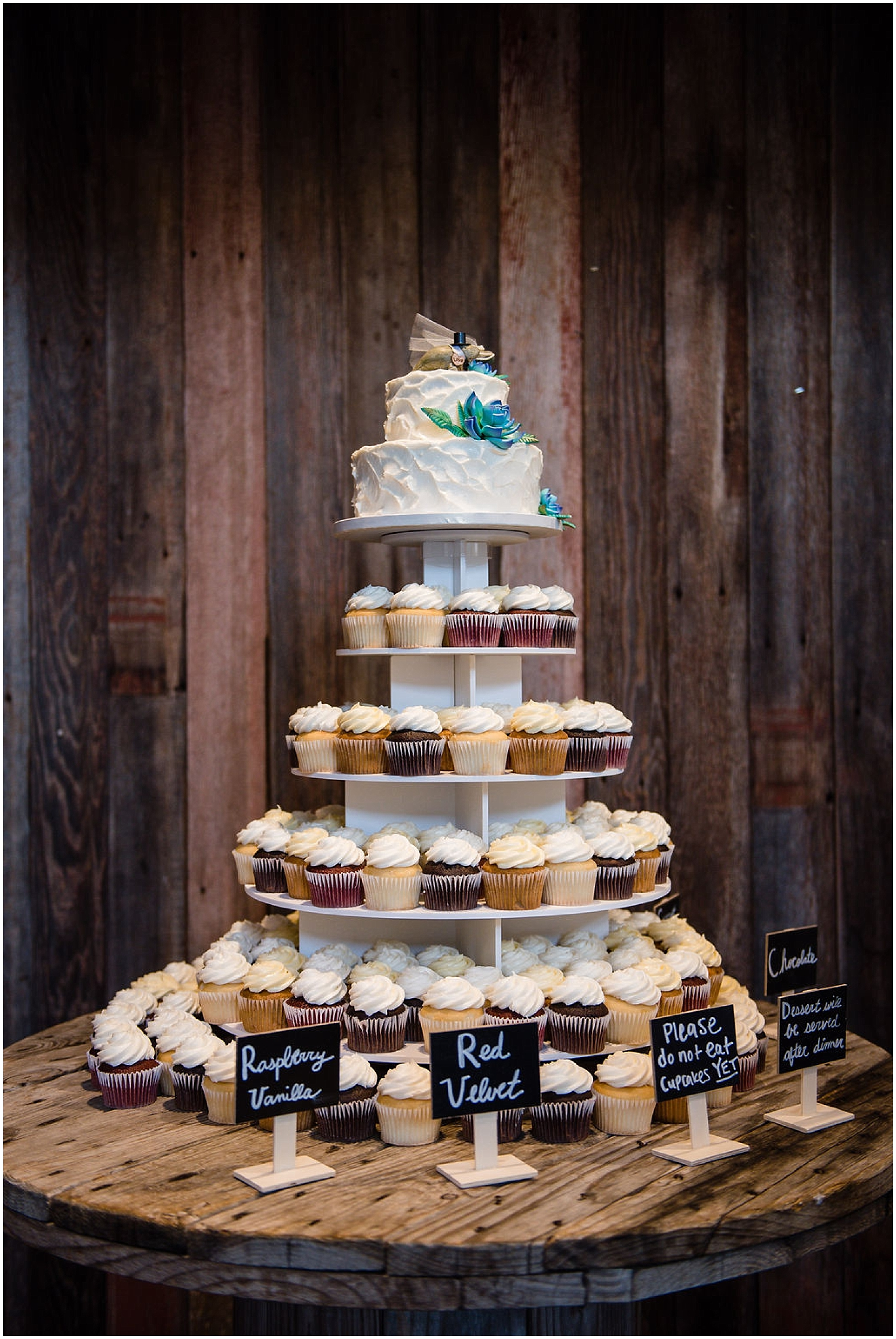 cake and dessert table display
