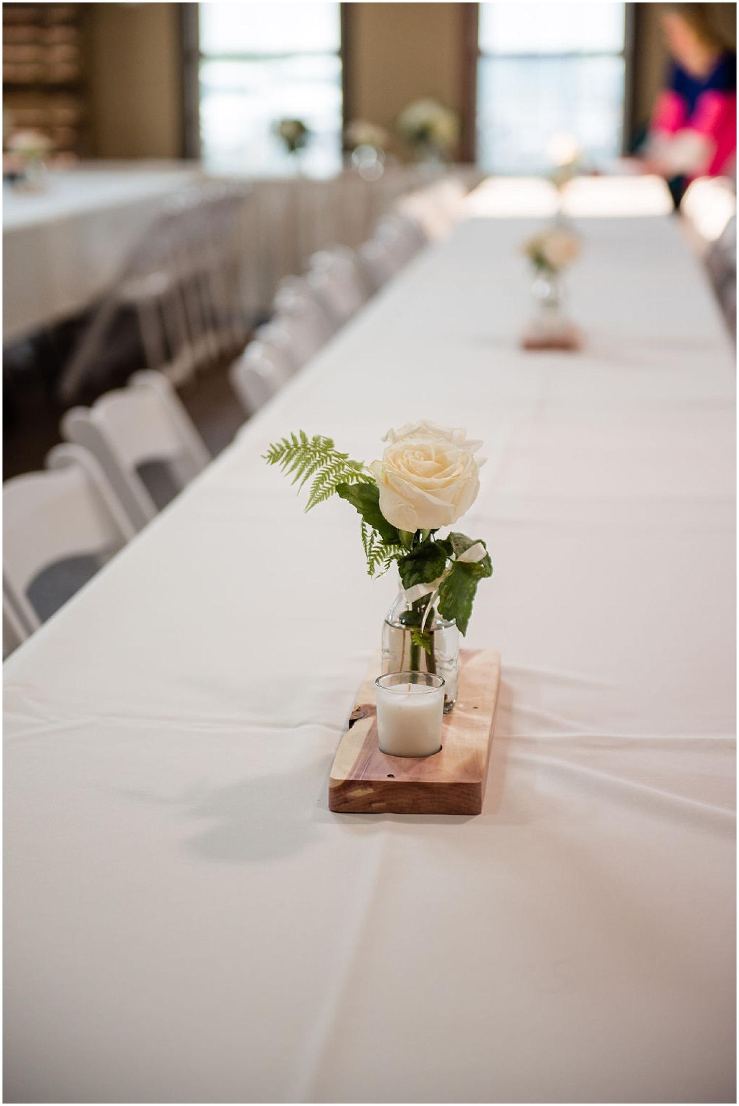 simple flower centerpiece reception