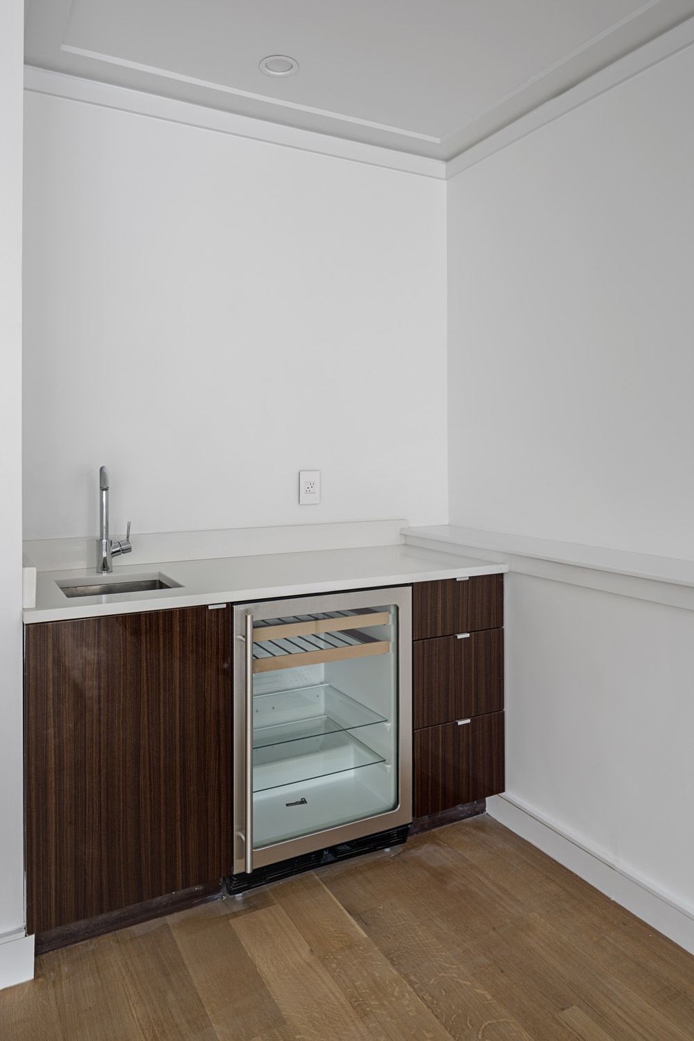Lower Wet Bar.jpg