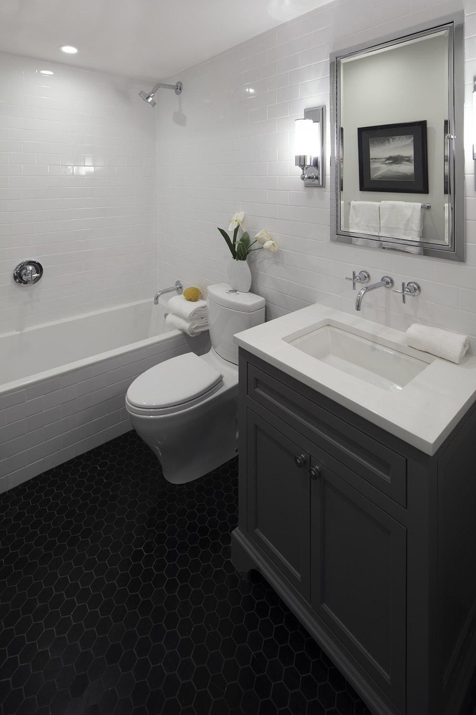 Lower Bath 1.jpg