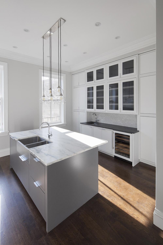 Upper Kitchen 3.jpg