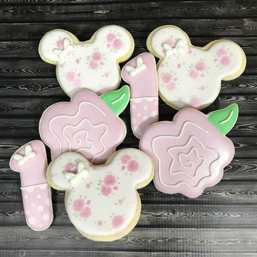Shabby Chic Minnie 1st500.jpg