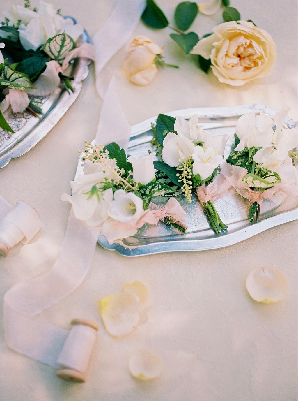 Alexandra-Elise-Photography-Film-Wedding-Photographer-Sonnenberg-Gardens-Finger-Lakes-Canandaigua-Reception-004.jpg