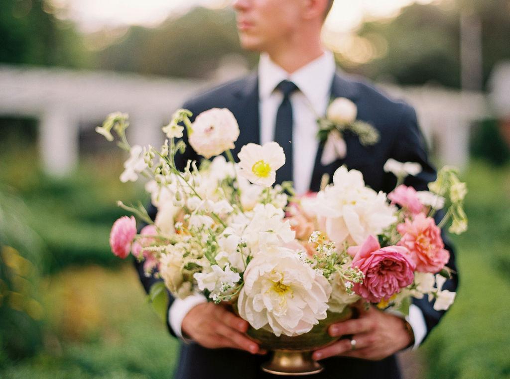 Alexandra-Elise-Photography-Film-Wedding-Photographer-Sonnenberg-Gardens-Finger-Lakes-Canandaigua-Highlights-029.jpg