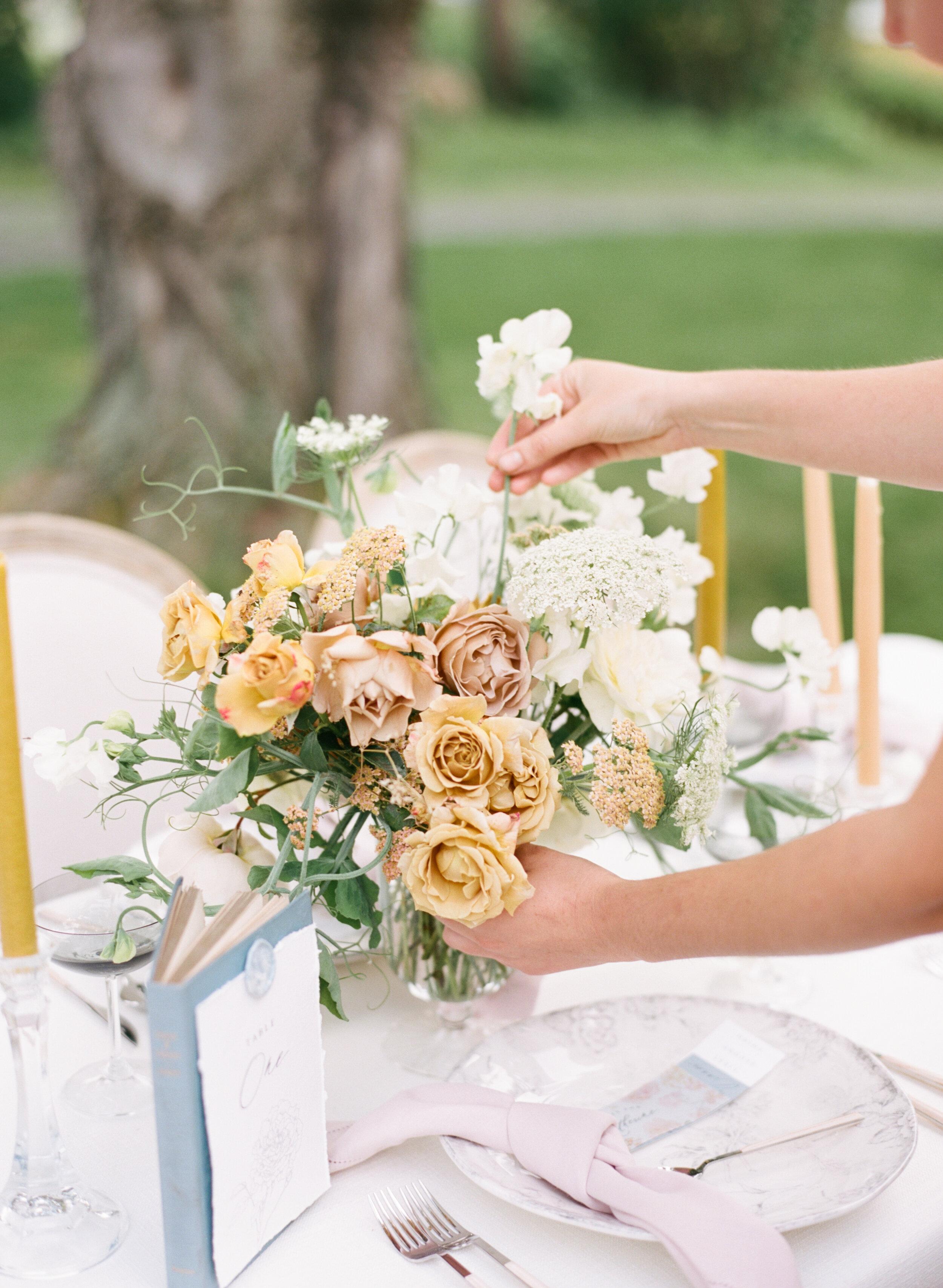 alexandra-meseke-understated-soft-luxury-wedding-upstate-ny_0136.jpg