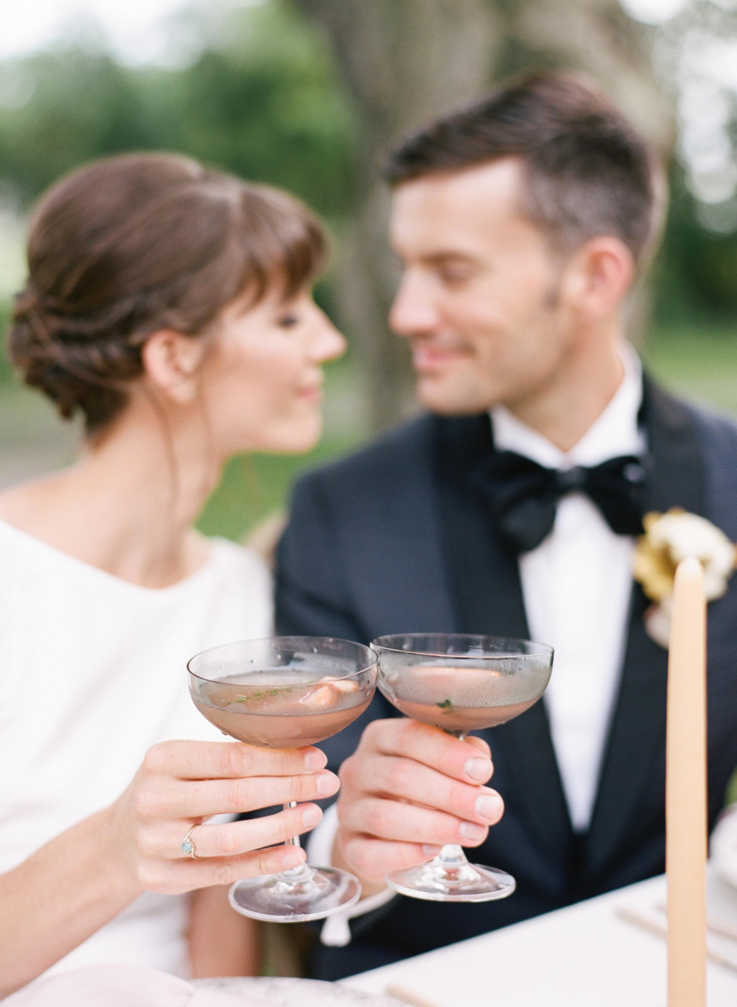 alexandra-meseke-understated-soft-luxury-wedding-upstate-ny_0101.jpg
