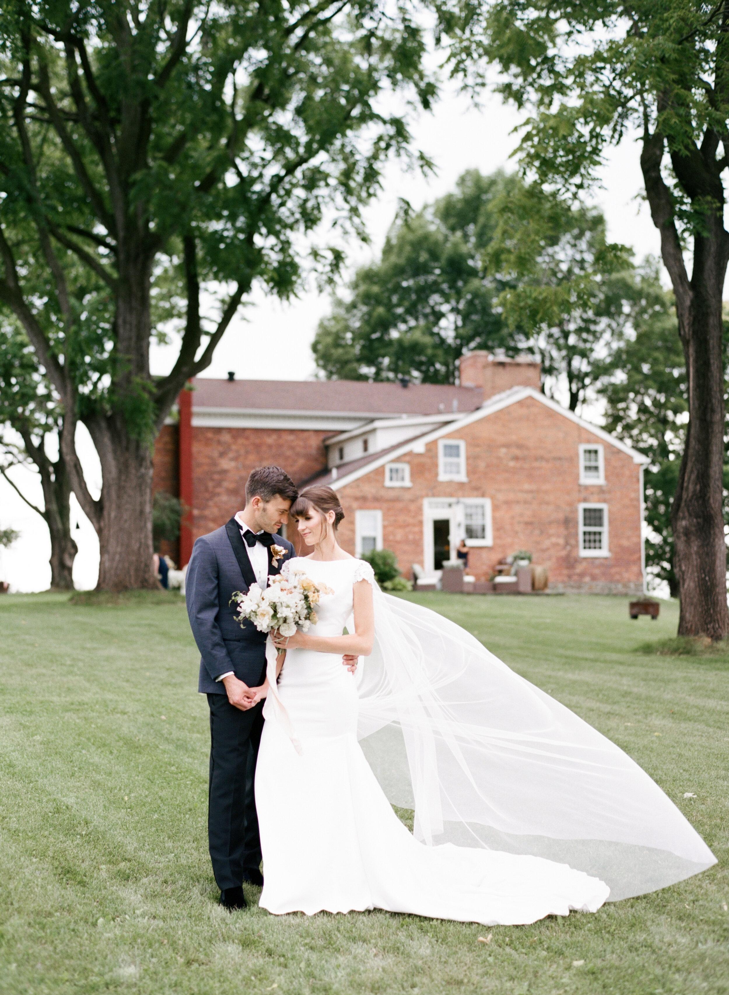 alexandra-meseke-understated-soft-luxury-wedding-upstate-ny_0052.jpg