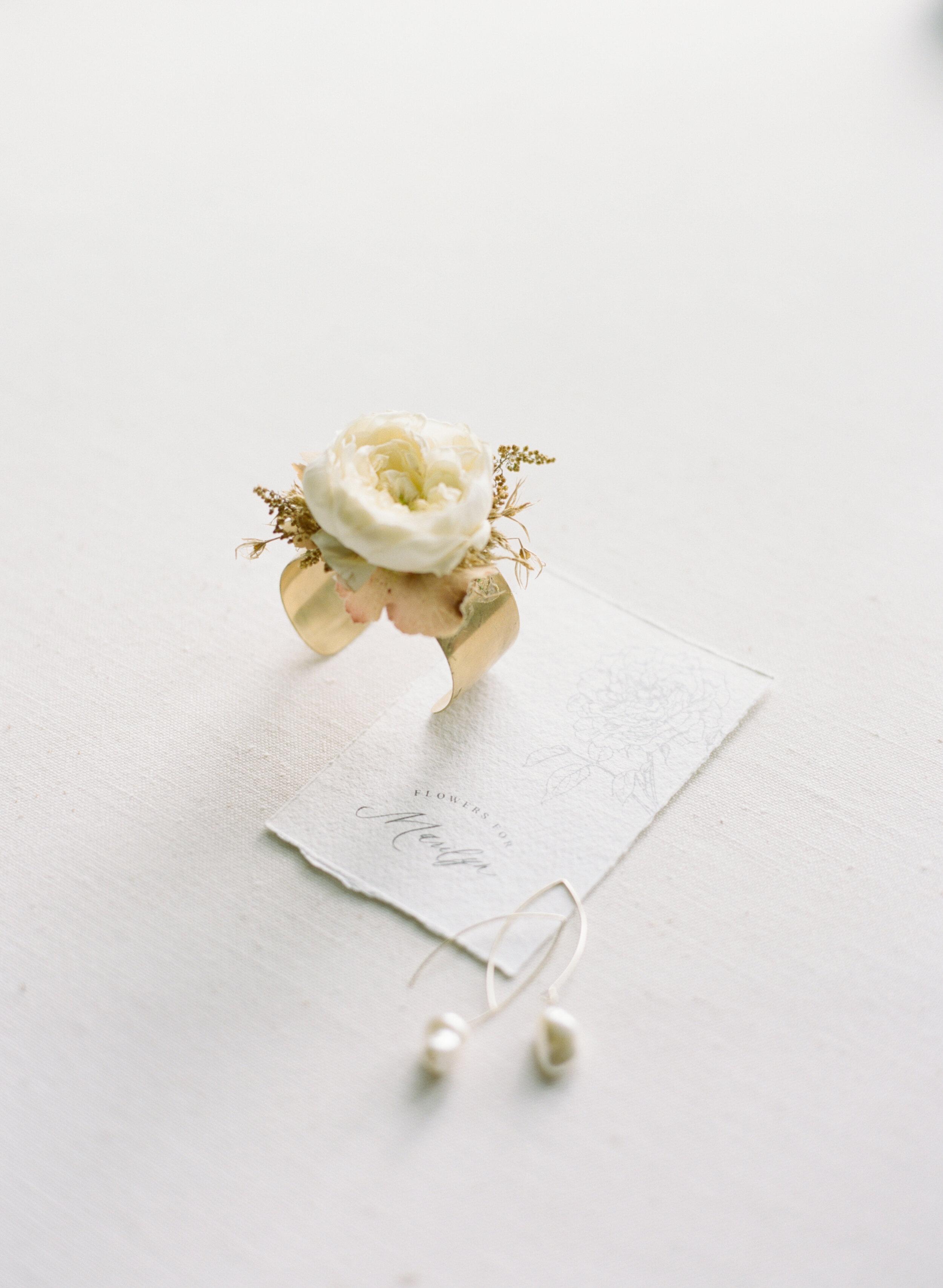 alexandra-meseke-understated-soft-luxury-wedding-upstate-ny_0012.jpg