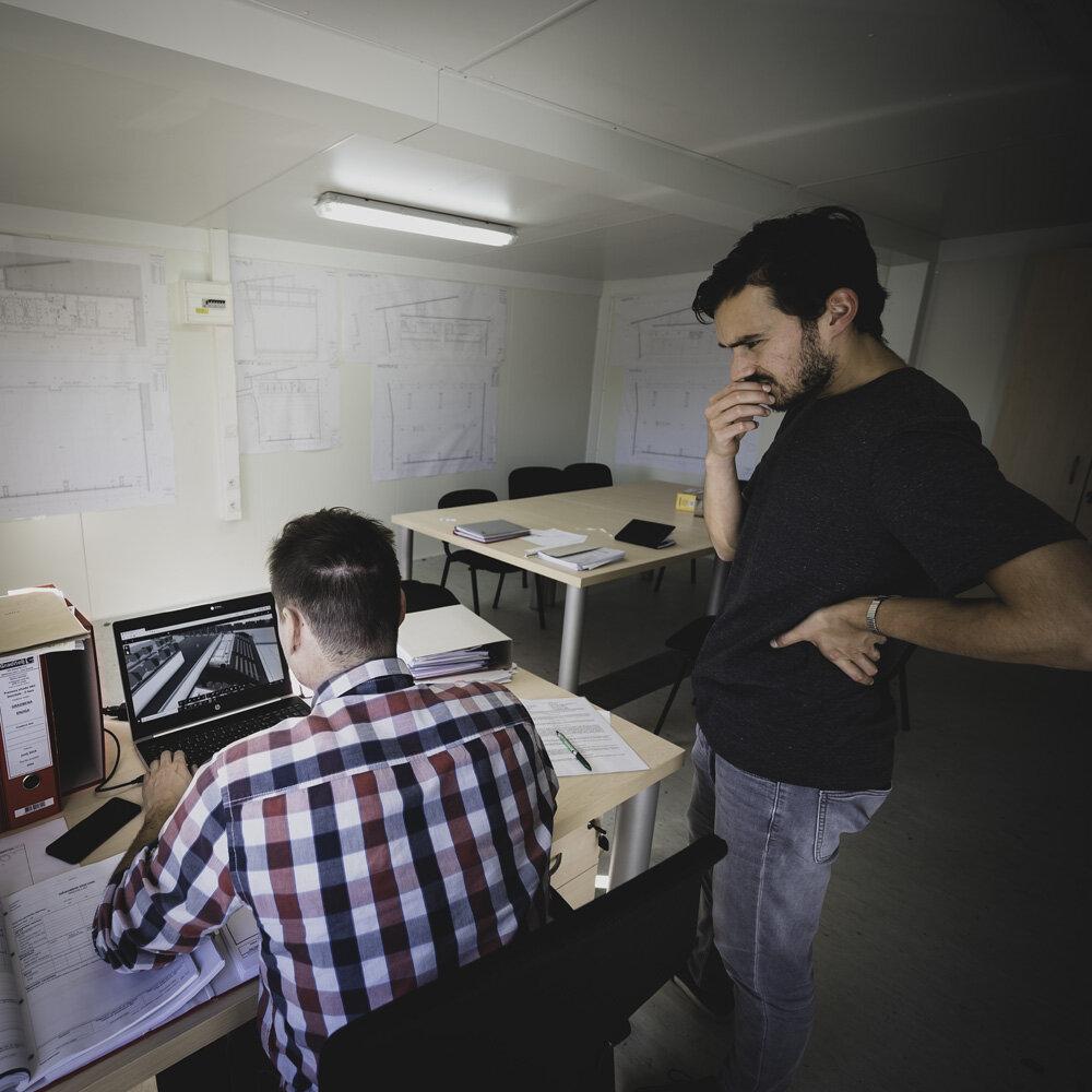 Koordinacija z izvajalcem. Pregledovanje BIM modela dvorane.