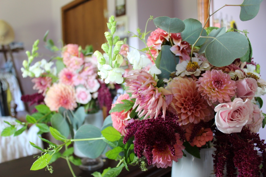 Creamy Autumn Bouquet