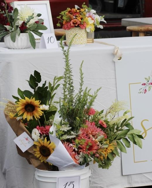 Farmer's Market Flower Stand | Bridgeport, WV | loveshyla.com