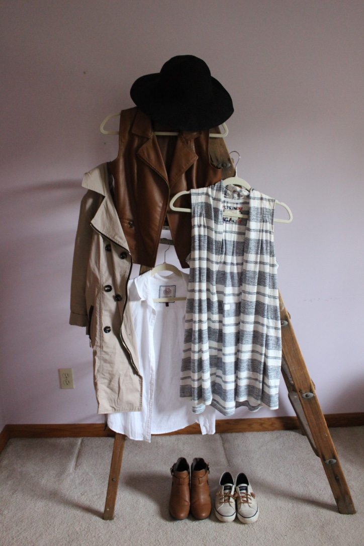 Fall Capsule Wardrobe Roundup | Loveshyla.com | The September Issue