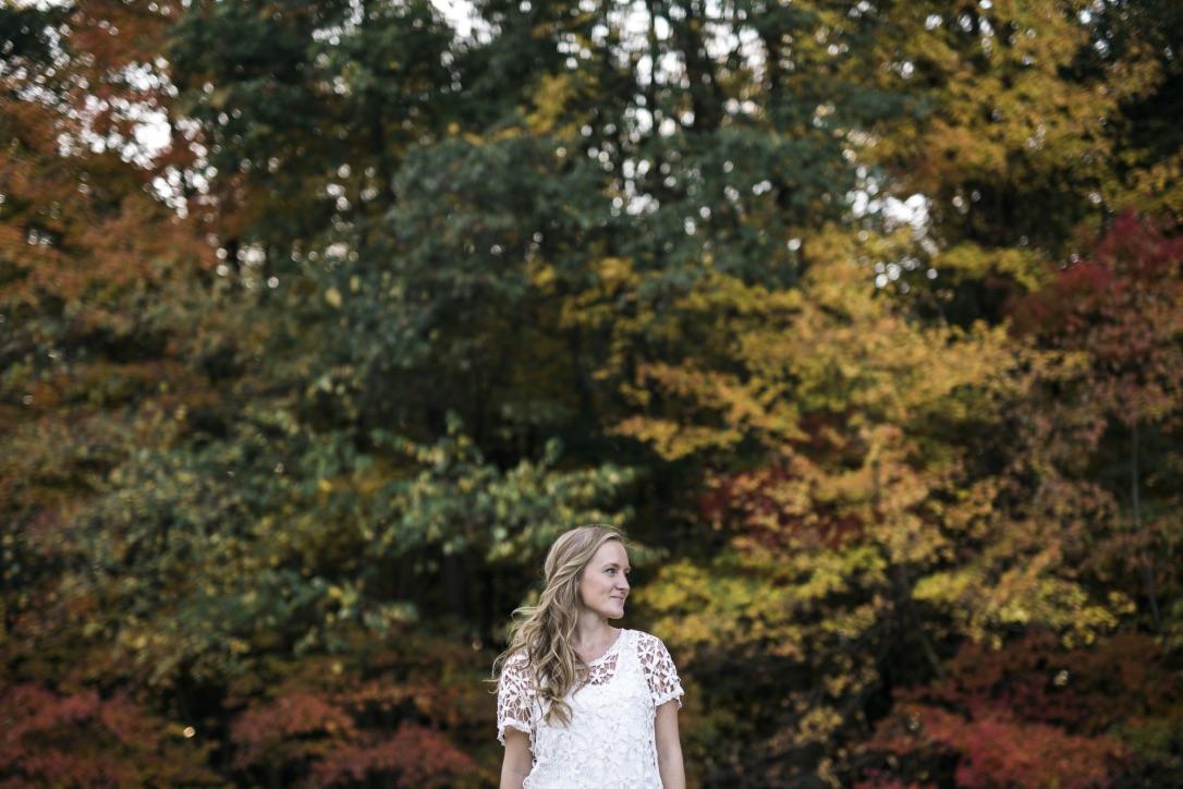 Fall Floral Design in the Garden | Adrienne Gerber Photography | loveshyla.com #weddingflorist #farmerflorist