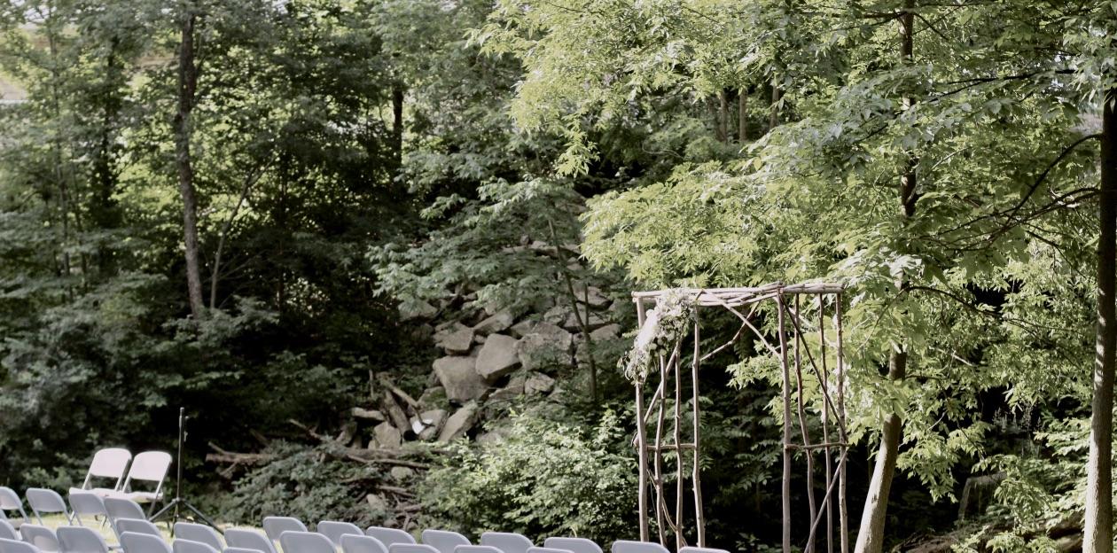Wooded Succulent Wedding | Natural, wild floral design | Loveshyla.com