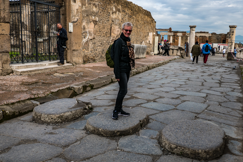 posts_pompeii_16.11.17-006.jpg