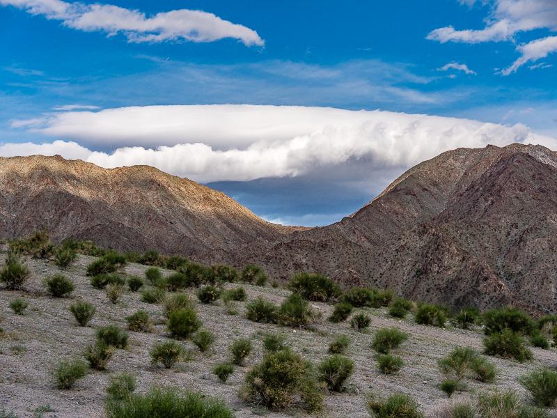 posts_indio_170322_USA_indio_CA_hiking_001.jpg