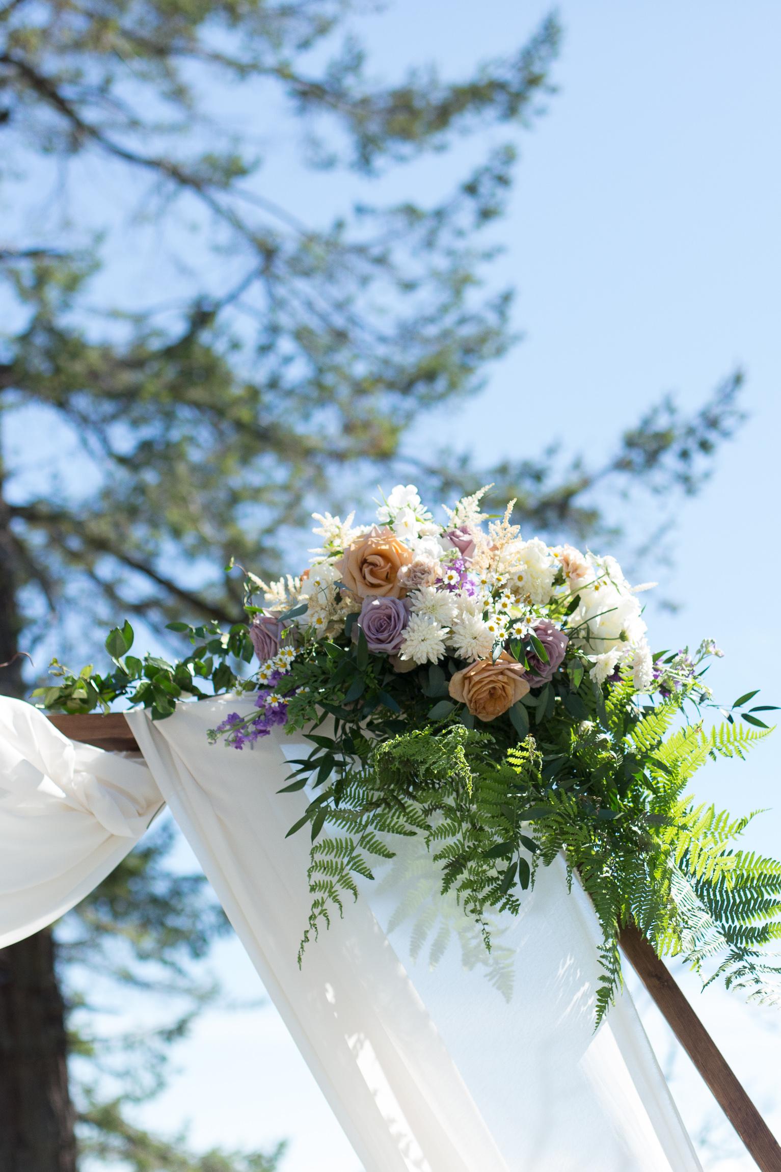 darcy-steffi-wedding-nicole-adam-floral.jpg