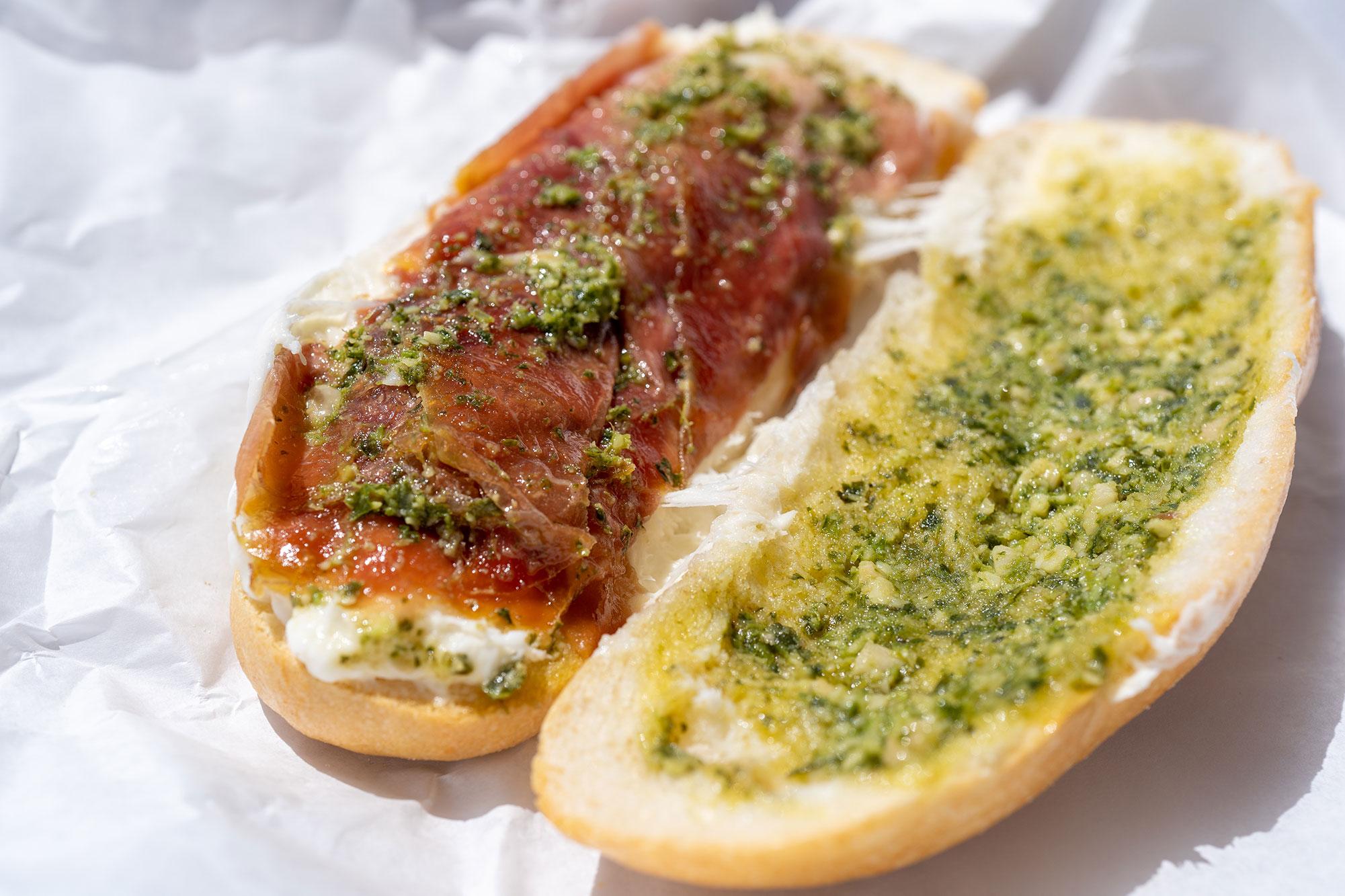 Il Toscano: Prosciutto Toscano, burrata, imported pesto, mini baguette
