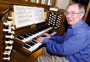 Organist, Richard Stephens