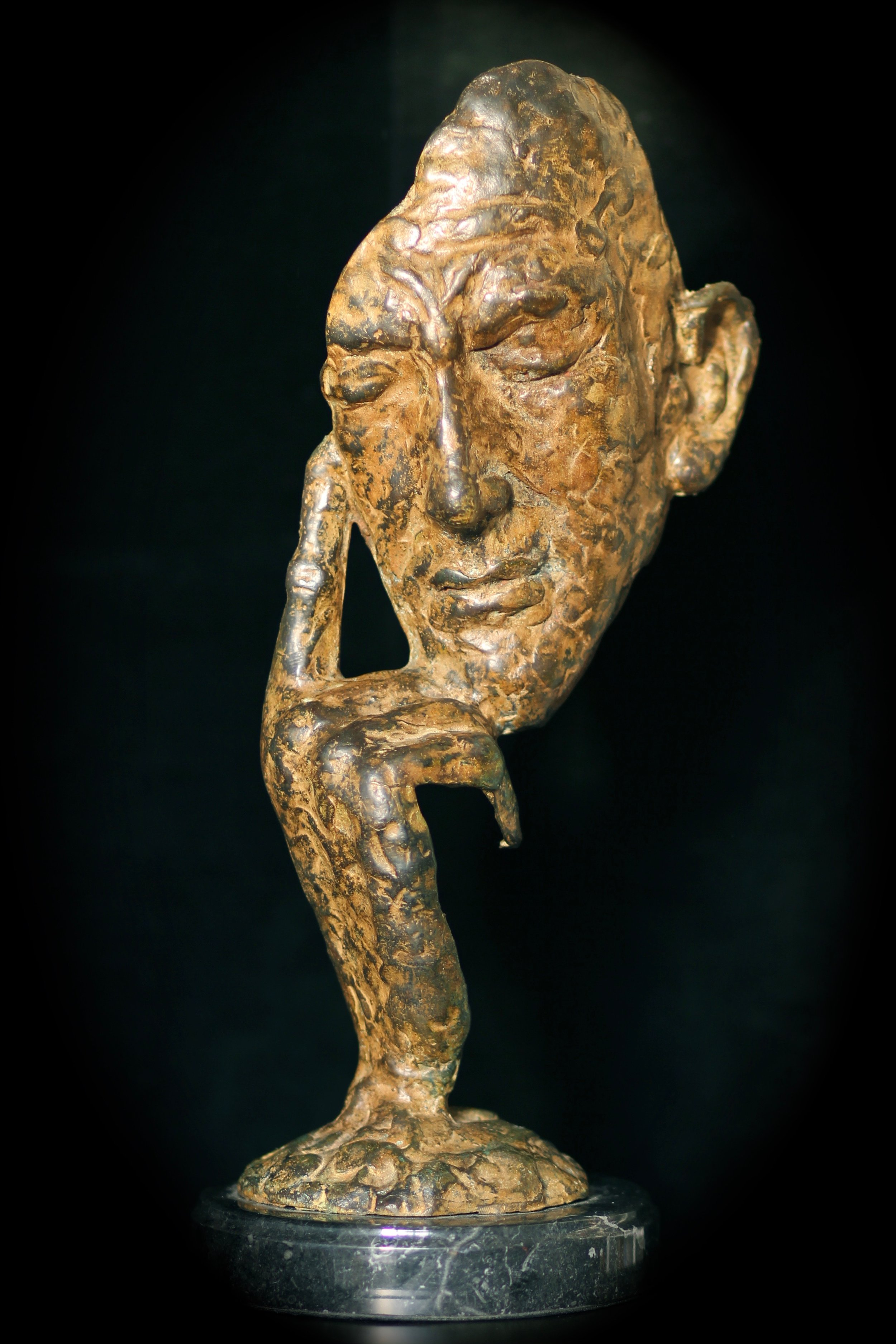Country Life: The Mystery of the Noël Coward Bronze