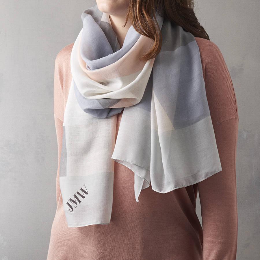 Colour block scarf
