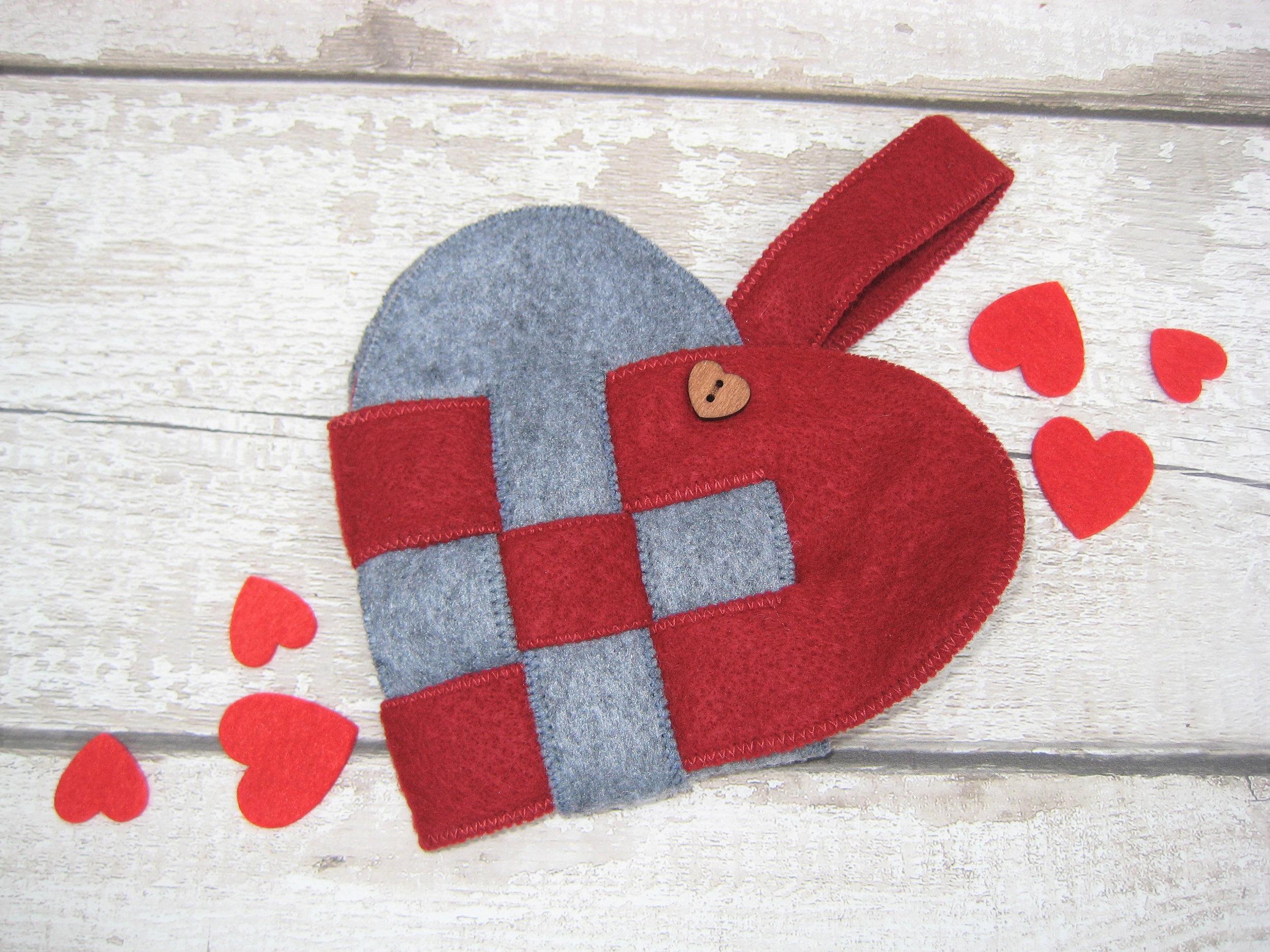 Woven heart basket
